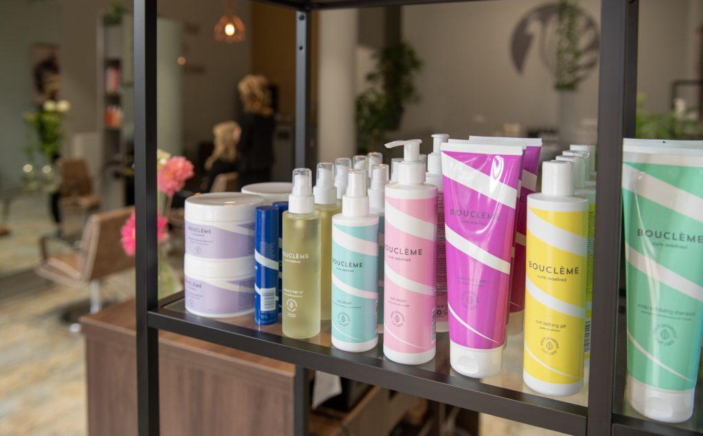 Natuurlijke producten voor krullend haar - kapper in Doetinchem